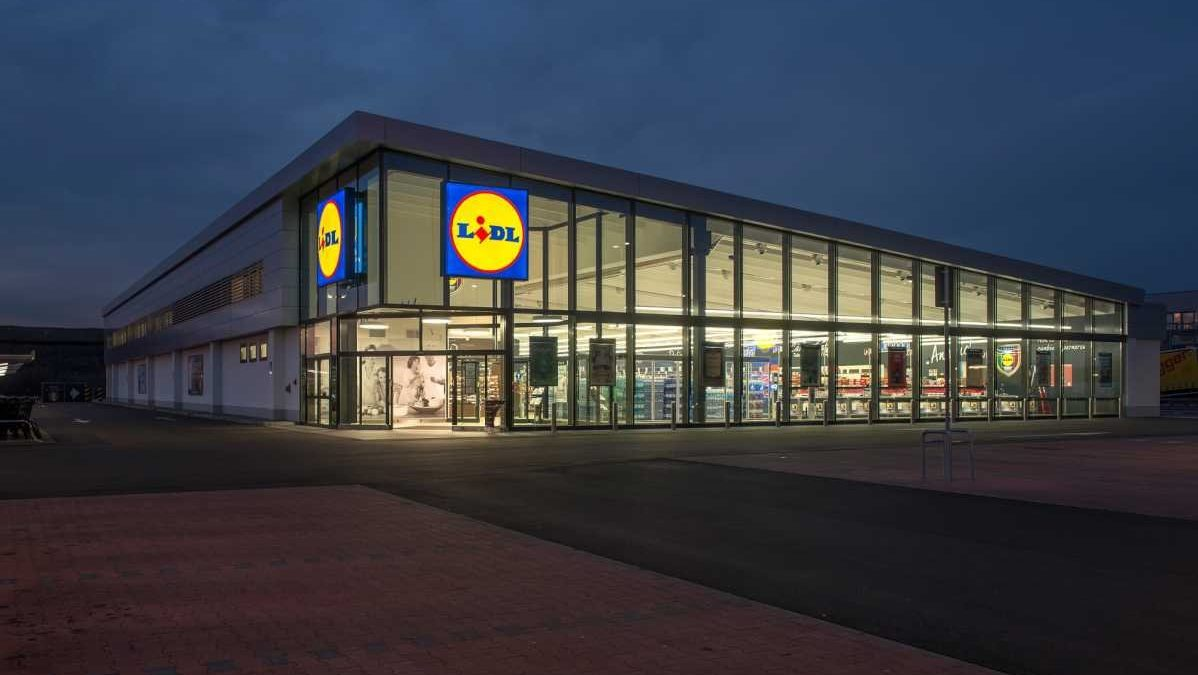lidl  german grocery chain  plans first philly location