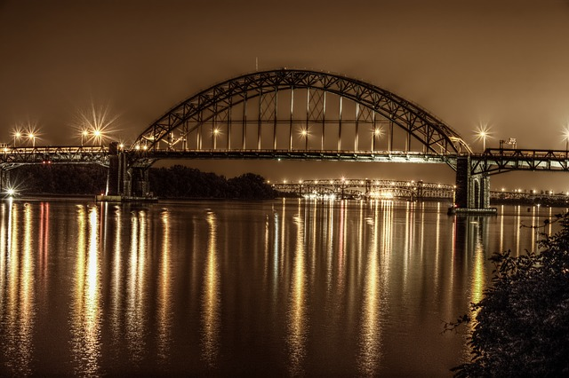 Philadelphia bridge at night.