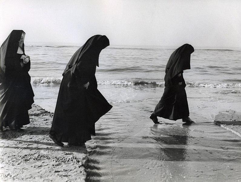 catholic nuns